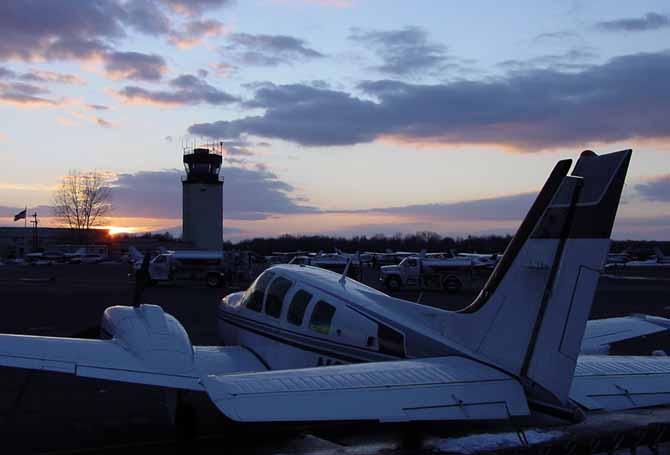 Beech Baron 58   Aviation Resource Management